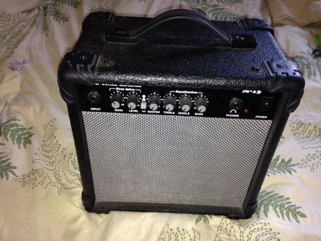 Guitar Amp Small In Wisepepper S Garage Sale Peoria Az Garage