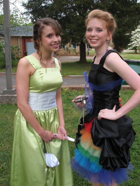 Very cute DIY prom dress- the rainbow one!!! | To Attempt (fabric ...