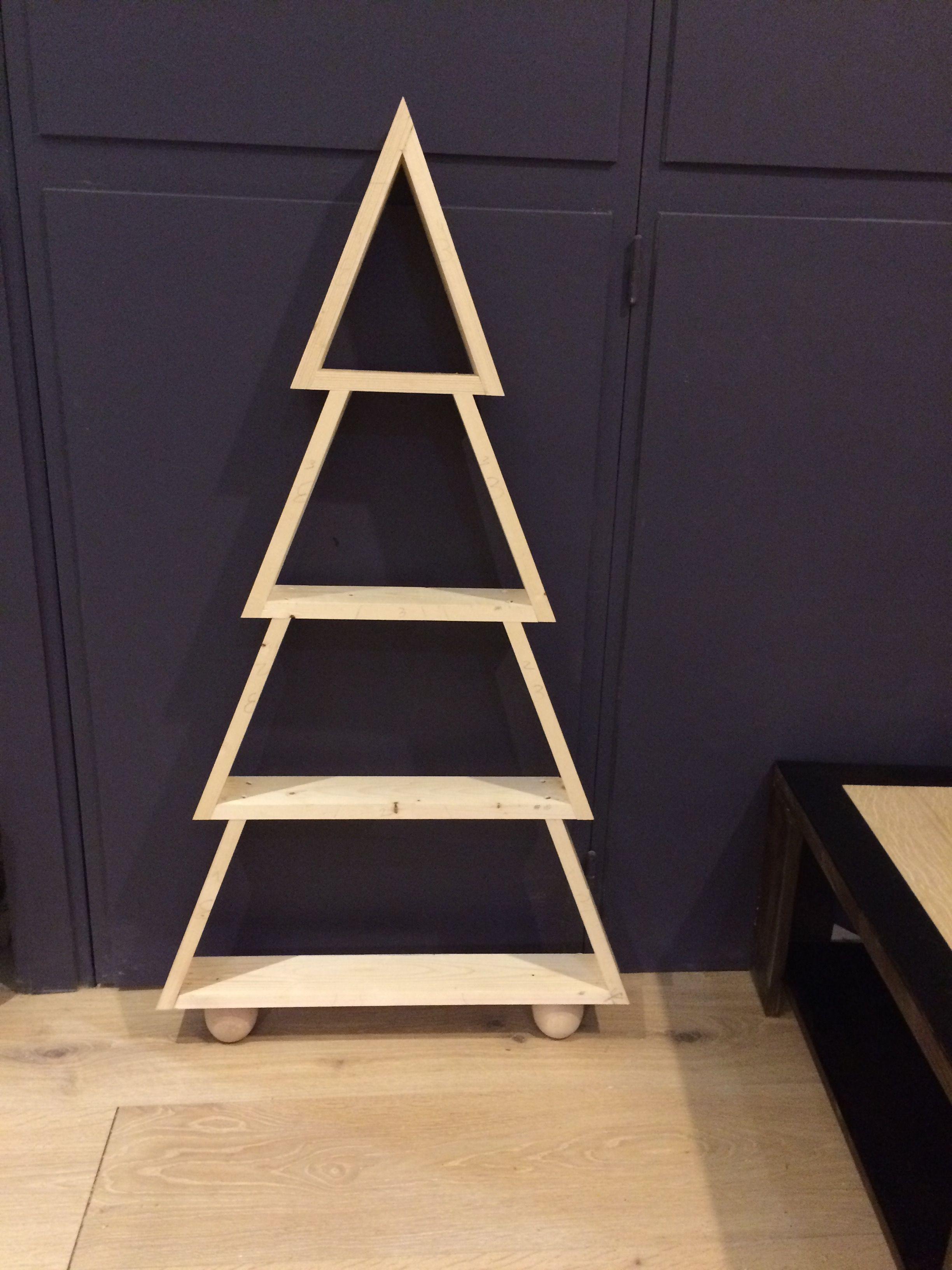 Edition 2016 Sapin Noel En Bois Diy Cours De Menuiserie Angers Www Woodfabrique Com Idee Deco Noel Sapin Noel Bois Diy Noel Sapin
