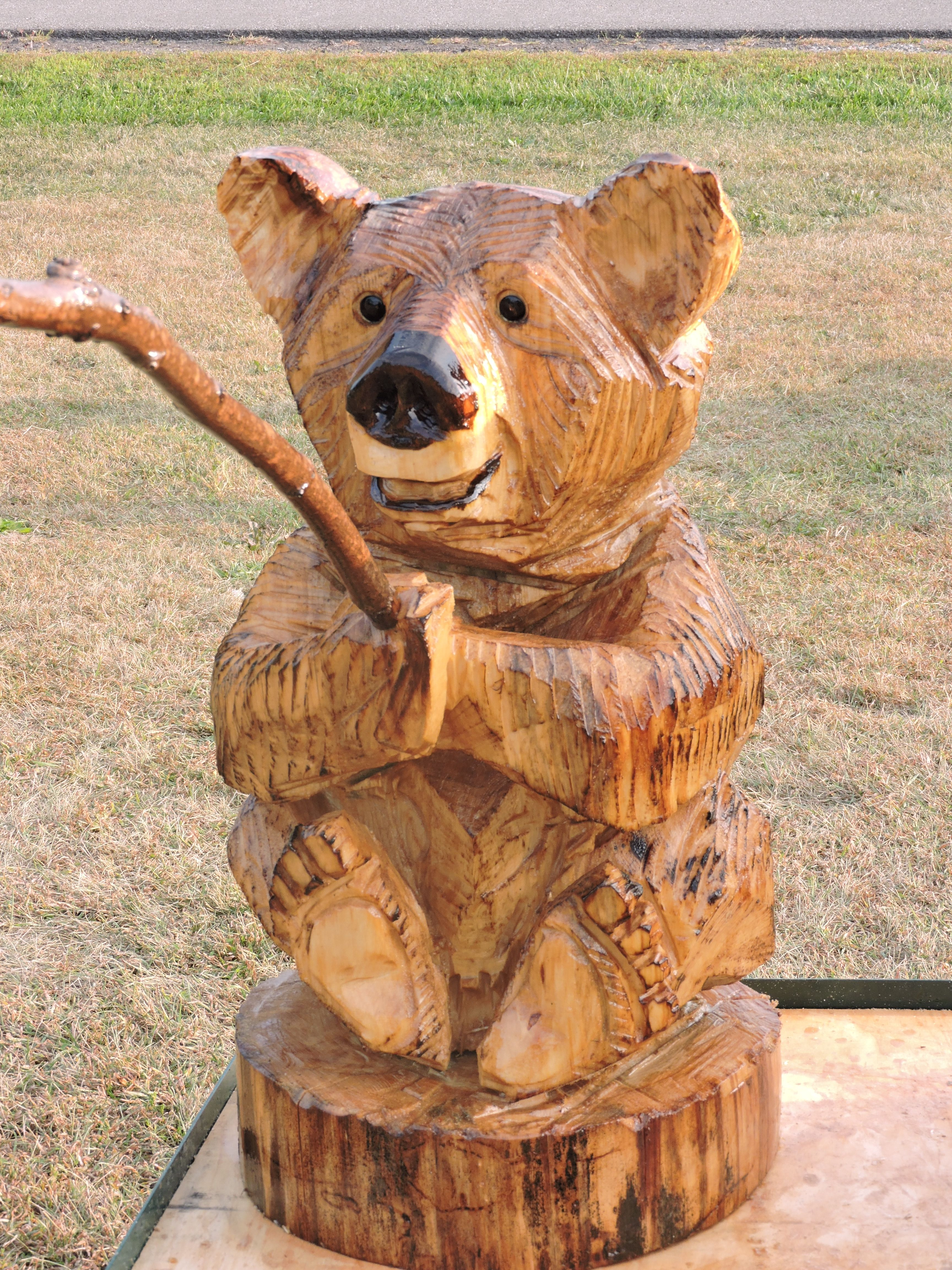 Fishing, Bear, Chainsaw Carving, Lawn Decoration, Chainsaw Art, Wood Statue, Carving, Yard Decoration