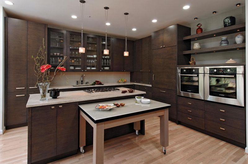 High Quality Contemporary Kitchen With Roll Out Breakfast Table! 4x12 Glass Backsplash  Tile