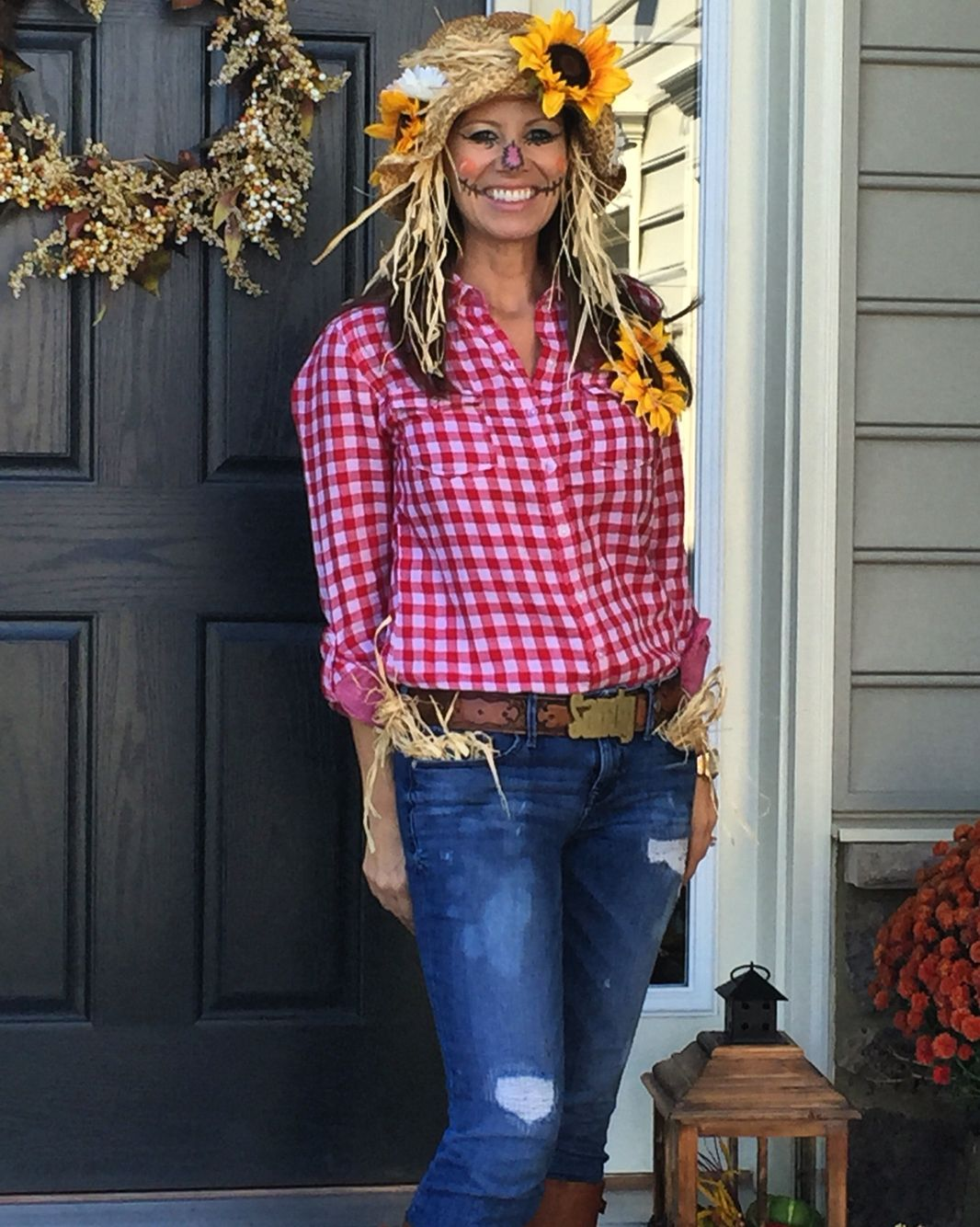 Looks - Halloween Chic women costume ideas: scarecrow video