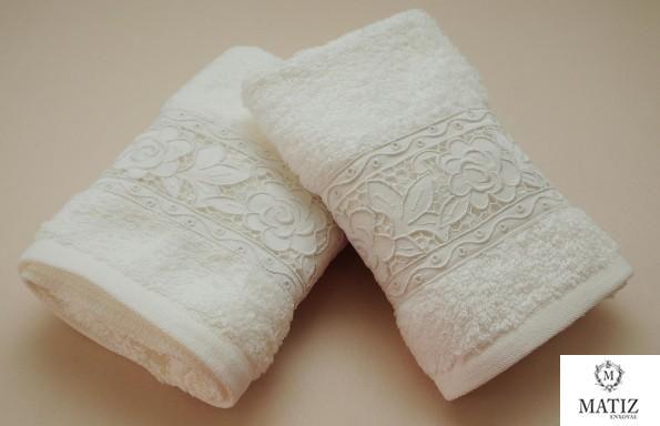 5 toalhas bordadas com rendas – Unique Arts