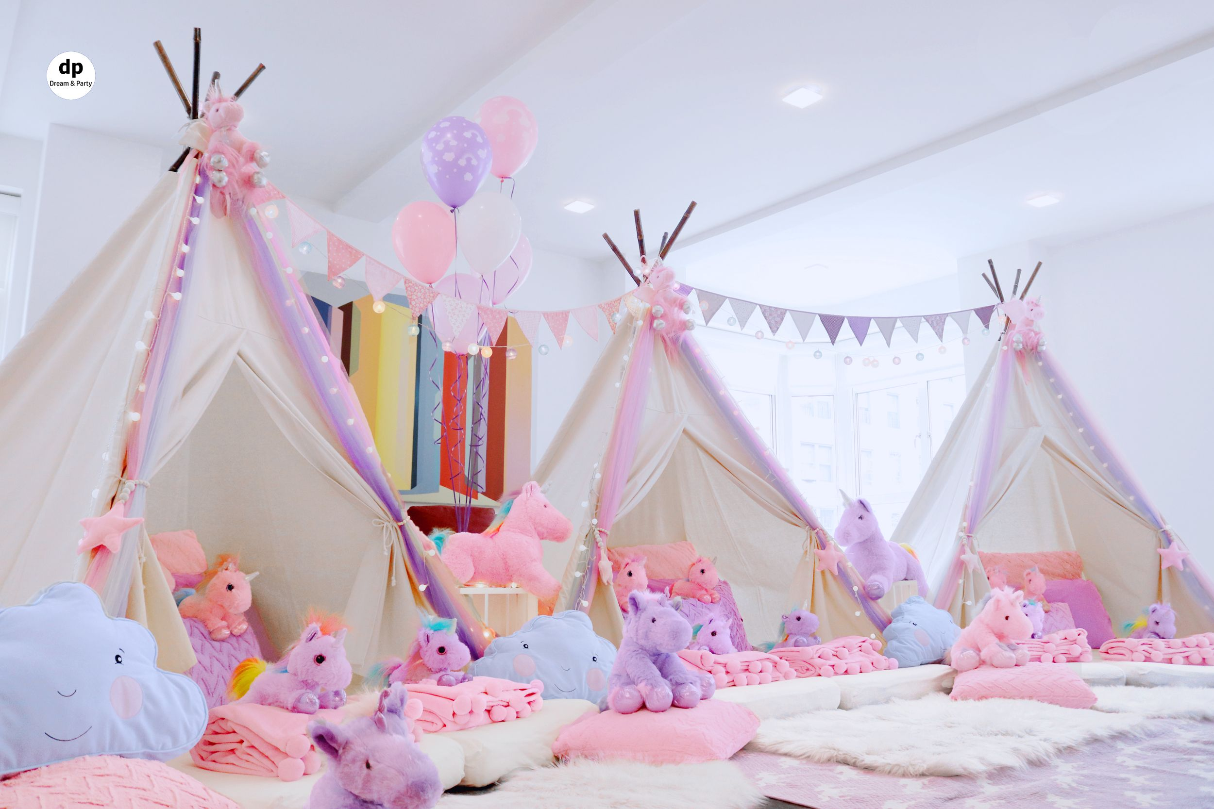 Unicorn Dream Sleepover Setting #sleepoverparty