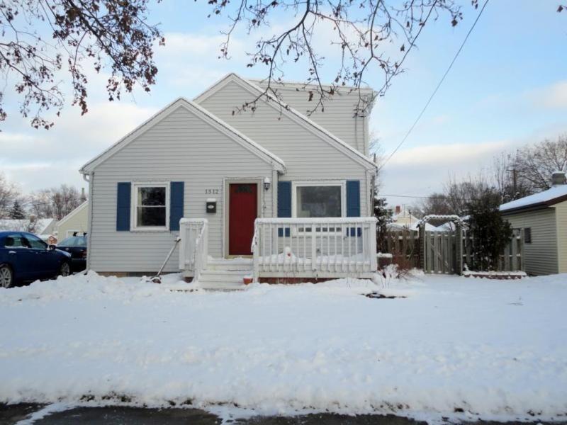 1512 MCDONALD, Appleton, WI Appleton, Real estate, House