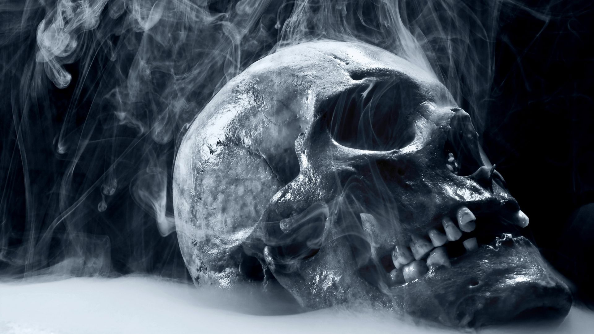 High Resolution Smoke Photography Skull HD Wallpaper