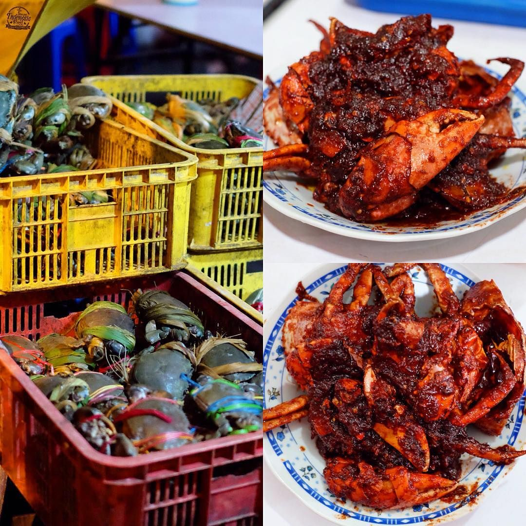 Seafood Kapasan Night Dishes for Dinner Surabaya Indonesia