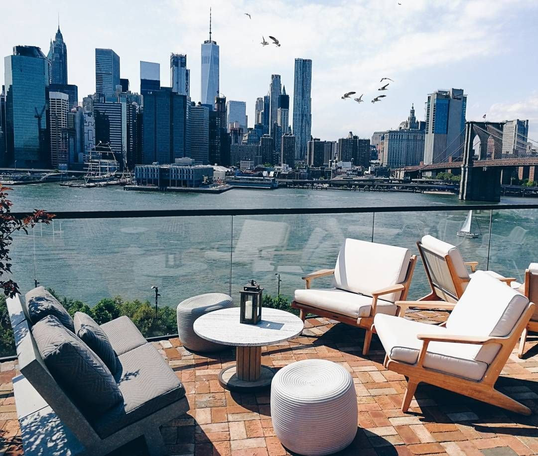 Enjoy The Expansive Skyline Views At The 1 Rooftop At 1 Hotel Brooklyn Bridge New York Rooftop Bar New York Rooftop Architecture