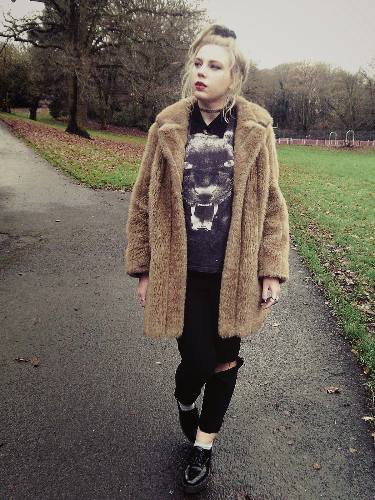 camel+coat,+camel+coat+outfit,+fur+camel+