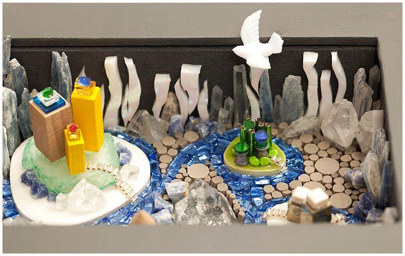 A micro journey in Littil Heimar... a fantasy world born a dream one night... It was cold, it was bright, it was magical! http://www.nathalievin.com/littil-heimar  44 cm x 16 cm x 3 cm