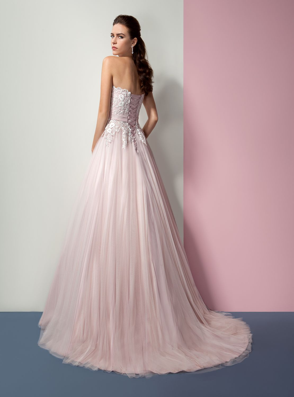 Pin de Azahar Novias Fuenlabrada en Vestidos de novia | Pinterest ...