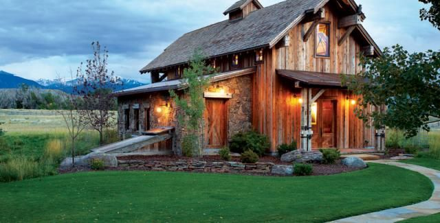Rustic Retreat Mountain Living Barn Style House Rustic Retreat Architecture
