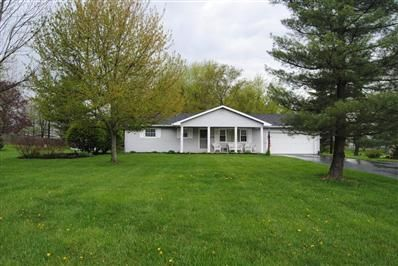 3 Bedrooms, 1 Full/1 Half Bathrooms, 1,900 Sq Ft., Price: $159,900, #: 214021358