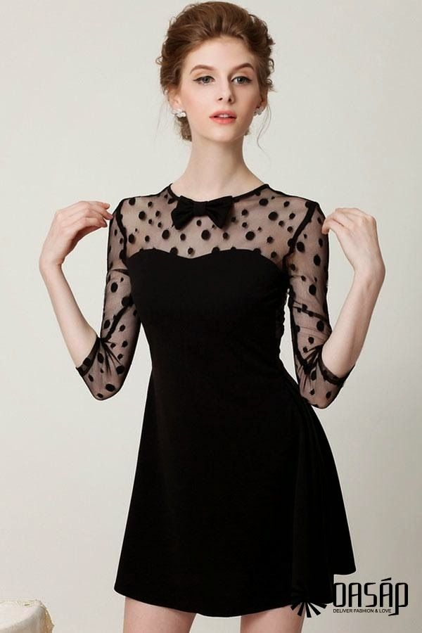 c8c60be31 Vestido negro de encaje. Vestidos de fiesta