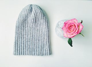Easy Hat pattern by One Two Knit