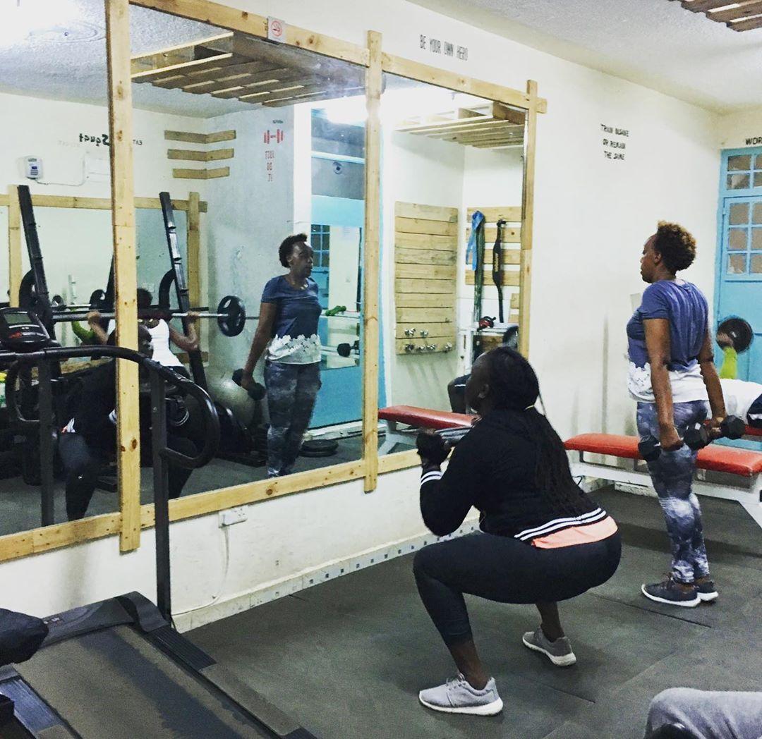 One more rep!💪🏿 #instafit #motivation #fit #TFLers #fitness #gymlife #pushpullgrind #grindout #flex...