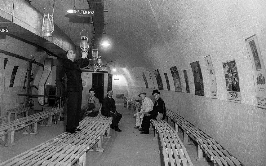df78fca4de785799370baca9acad745c - Southwark's deep level tube shelter