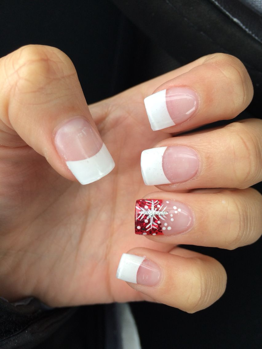 Simple Christmas acrylic nails in 2019