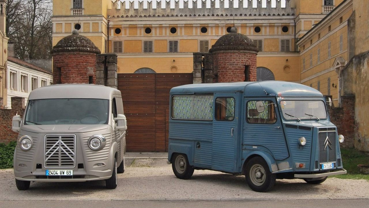 Original citroen type h van and new one with body kit