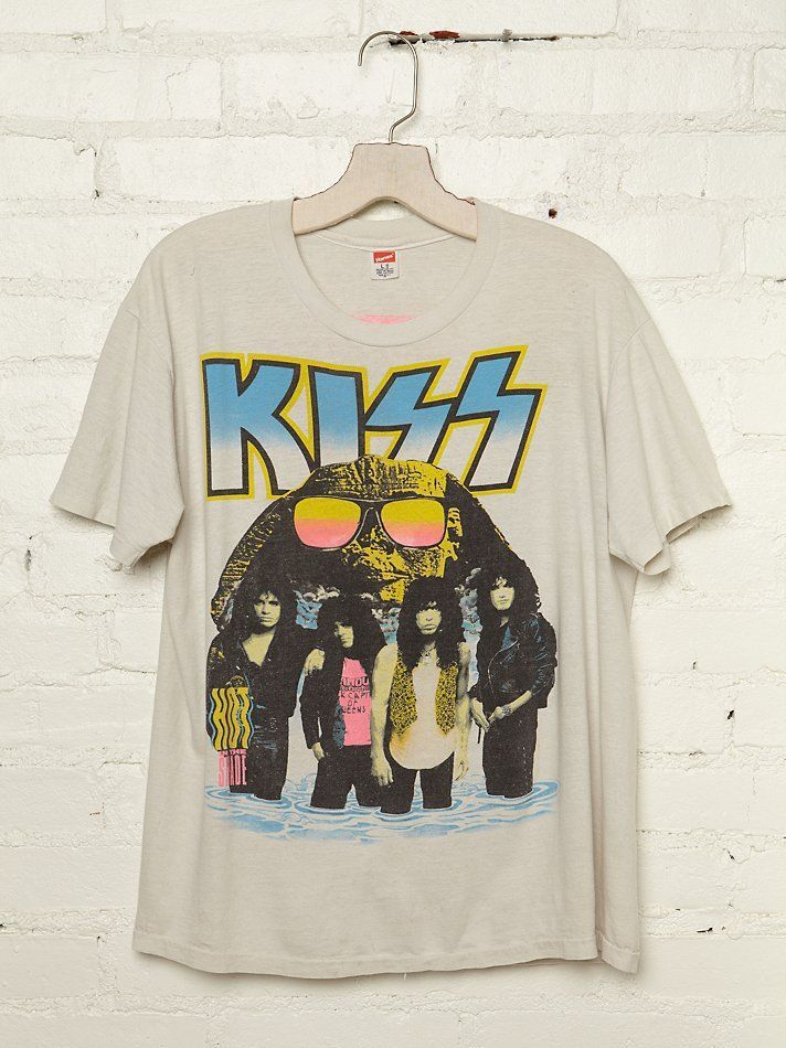 Vintage Kiss 1990 World Tour Tee Shirts Silk Polo Refashion Oversized Boyfriend Shirt Ad Vintage Rock T Shirts Rock T Shirts T Shirt
