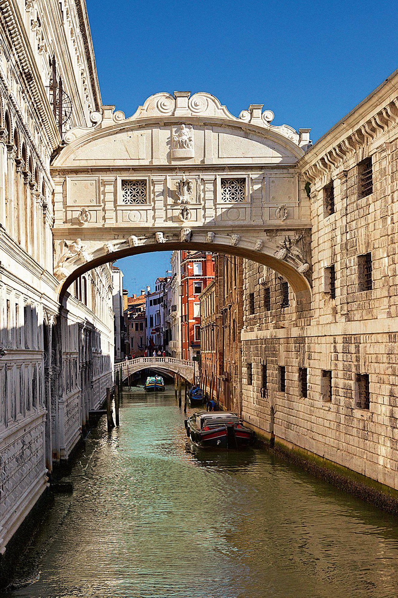 El Puente De Los Suspiros Puente De Los Suspiros Paisajes De Italia Lugares Increibles