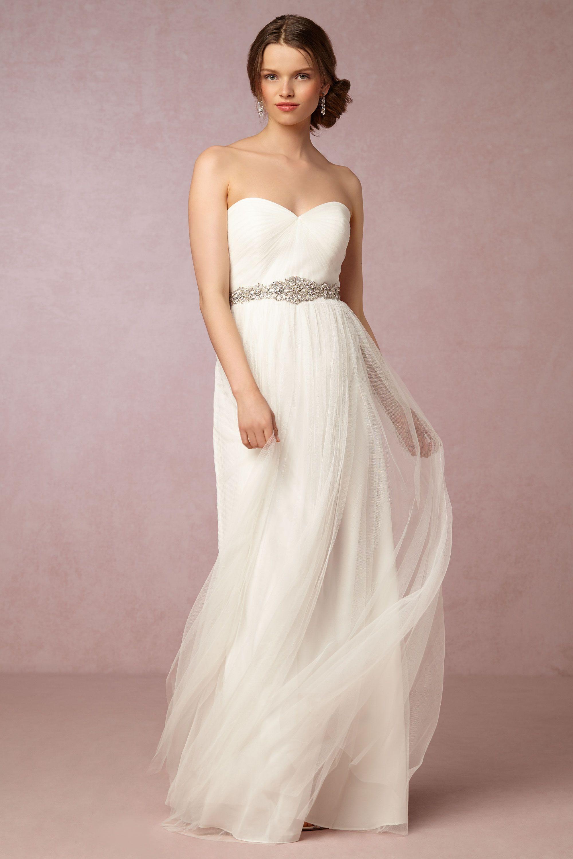 Annabelle Dress von BHLDN bzw. Jenny Yoo angezogen so: http://www ...