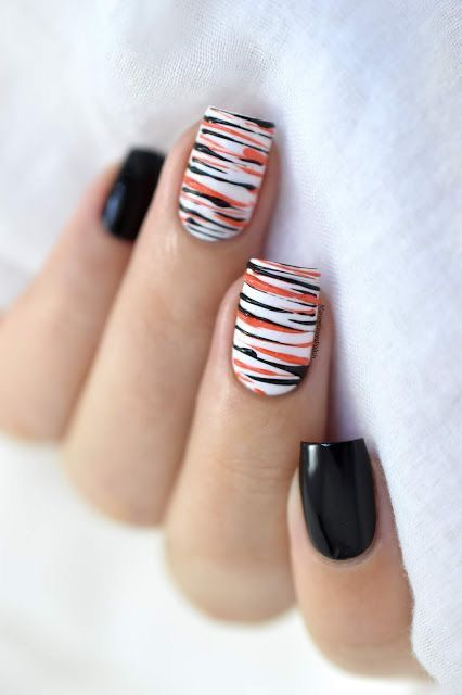 50 Jaw-Dropping Ideas For Halloween Nails To Stand