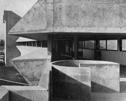 SUMA Supermarket, Ris-Orangis, France, 1970(Claude Parent)
