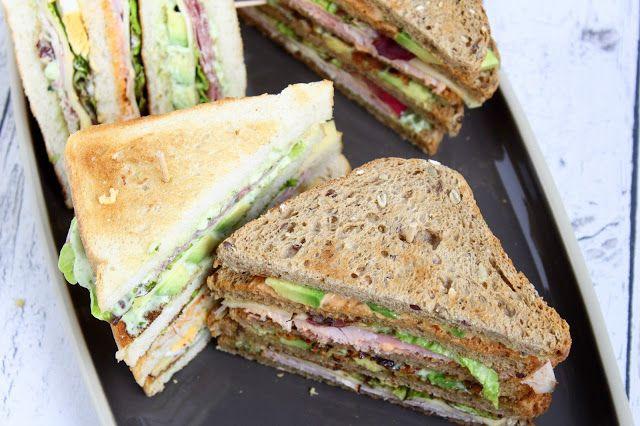 Sandwiches :) man kann sie nach Herzenslust belegen, prima als Snack, ins Büro, Schwimmbad oder sonstwo mit hinnehmen. Hier haben wir unsere Lieblingsversion für Euch. Natürlich nach amerikanischen…