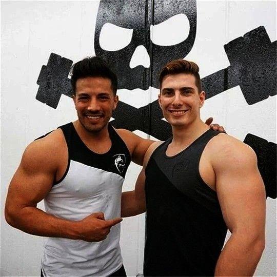 #cottonheavengifs #bodybuilding #heavengifmen #ärmelloses #sleeveless #heavengif #fitness #männer #m...