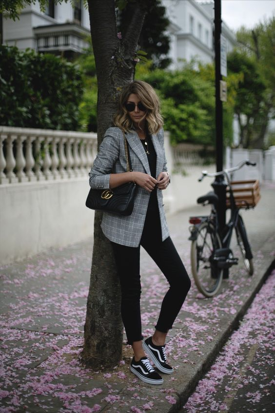 Emma Hill wears check Zara blazer, black t-shirt, black stepped hem skinny jeans, Vans Old Skool trainers, Gucci GG marmot bag, casual outfit ideas