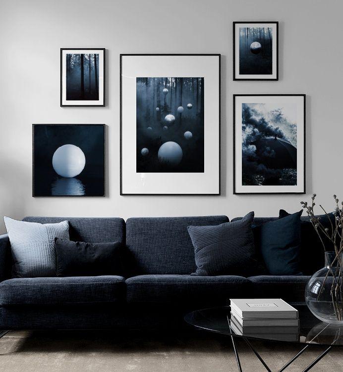 Inspiration für schöne Wohnzimmer Bilderwand mit Postern | Desenio #deseniobilderwandwohnzimmer