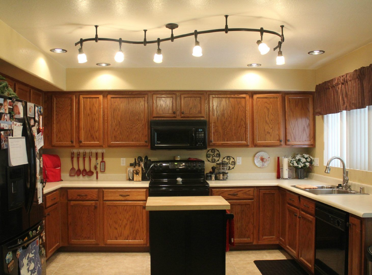 Luz en la cocina ideas cocina pinterest luces - Lamparas para cocinas rusticas ...
