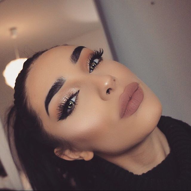Pin de Daysi Molina en Makeup Reyna   Maquillaje, Instagram