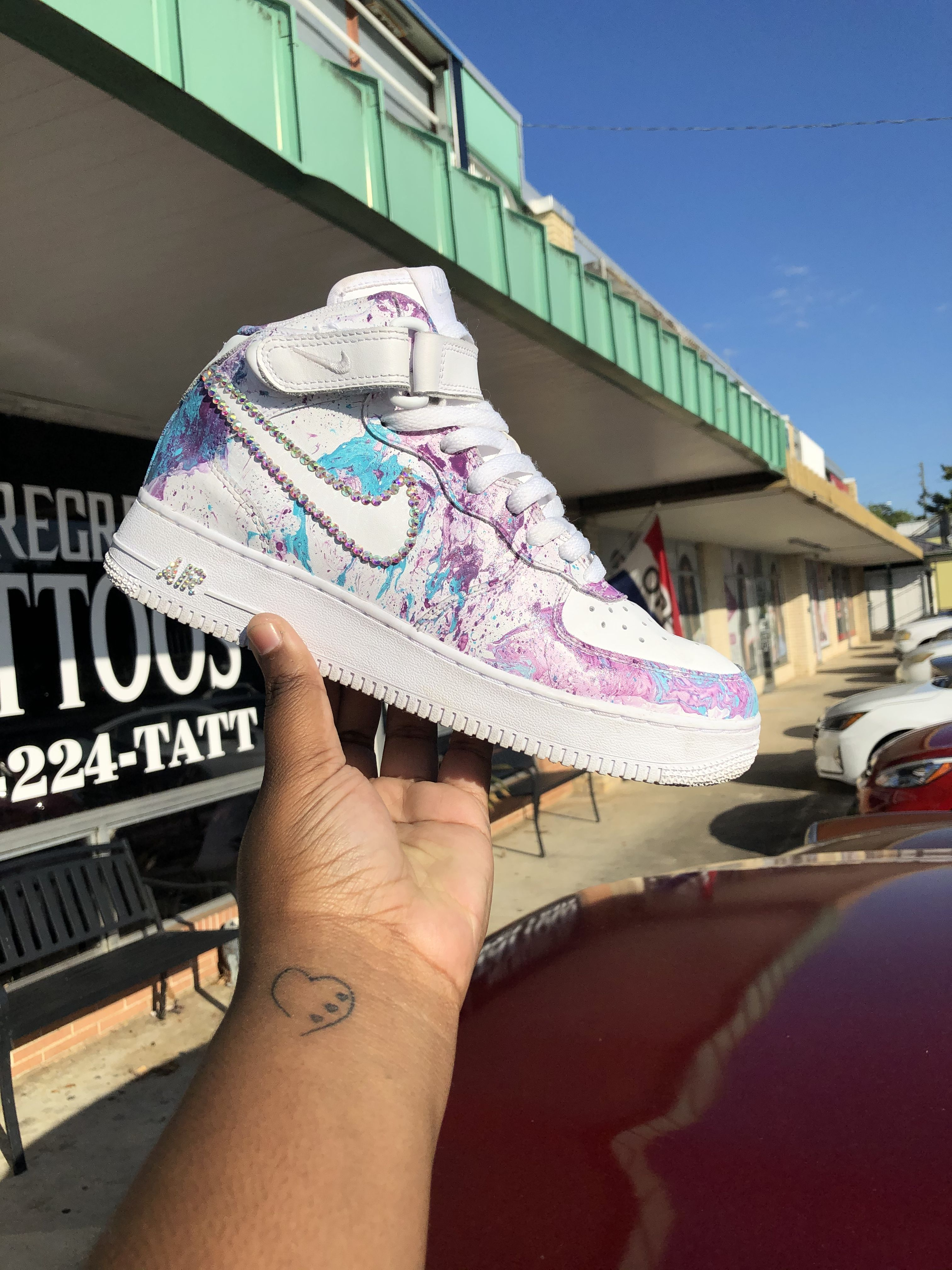 These are hydrodipped Air Force one mids. With a little