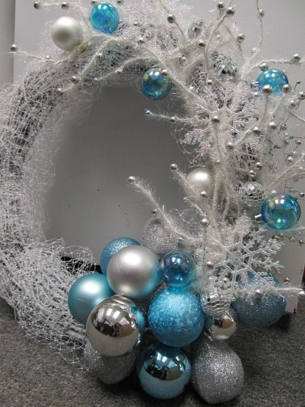 Christmas DIY Wreath Christmas Pinterest Frozen, Christmas
