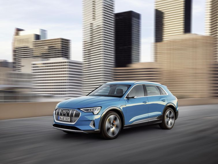 Here S Every Electric Vehicle On Sale In The Us For 2020 And Its Range Roadshow Electric Cars Audi E Tron Audi