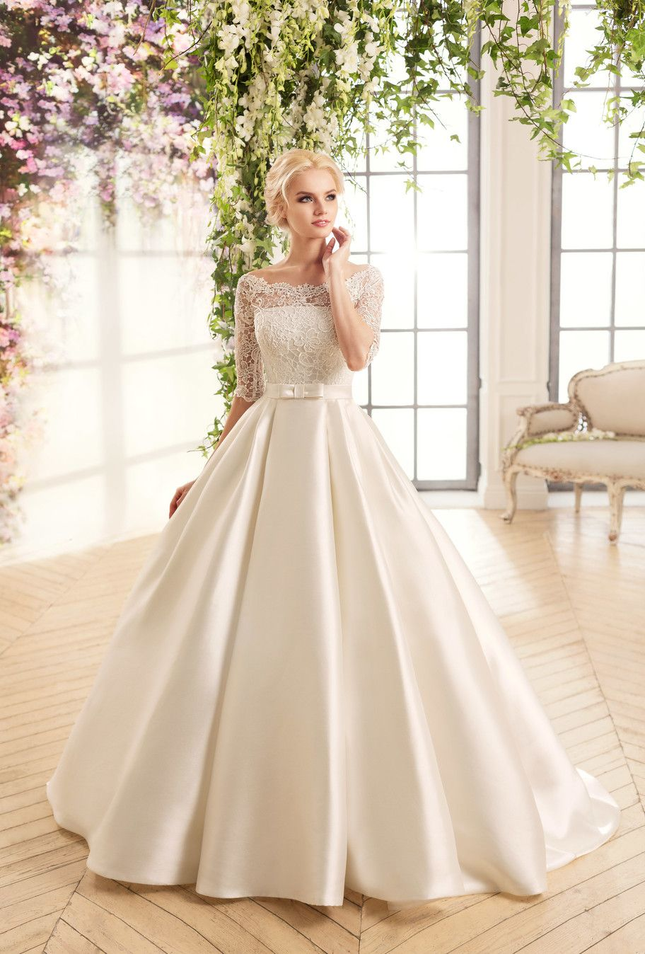 Cheap Boat Neck White Ivory Lace Top Wedding Dress With
