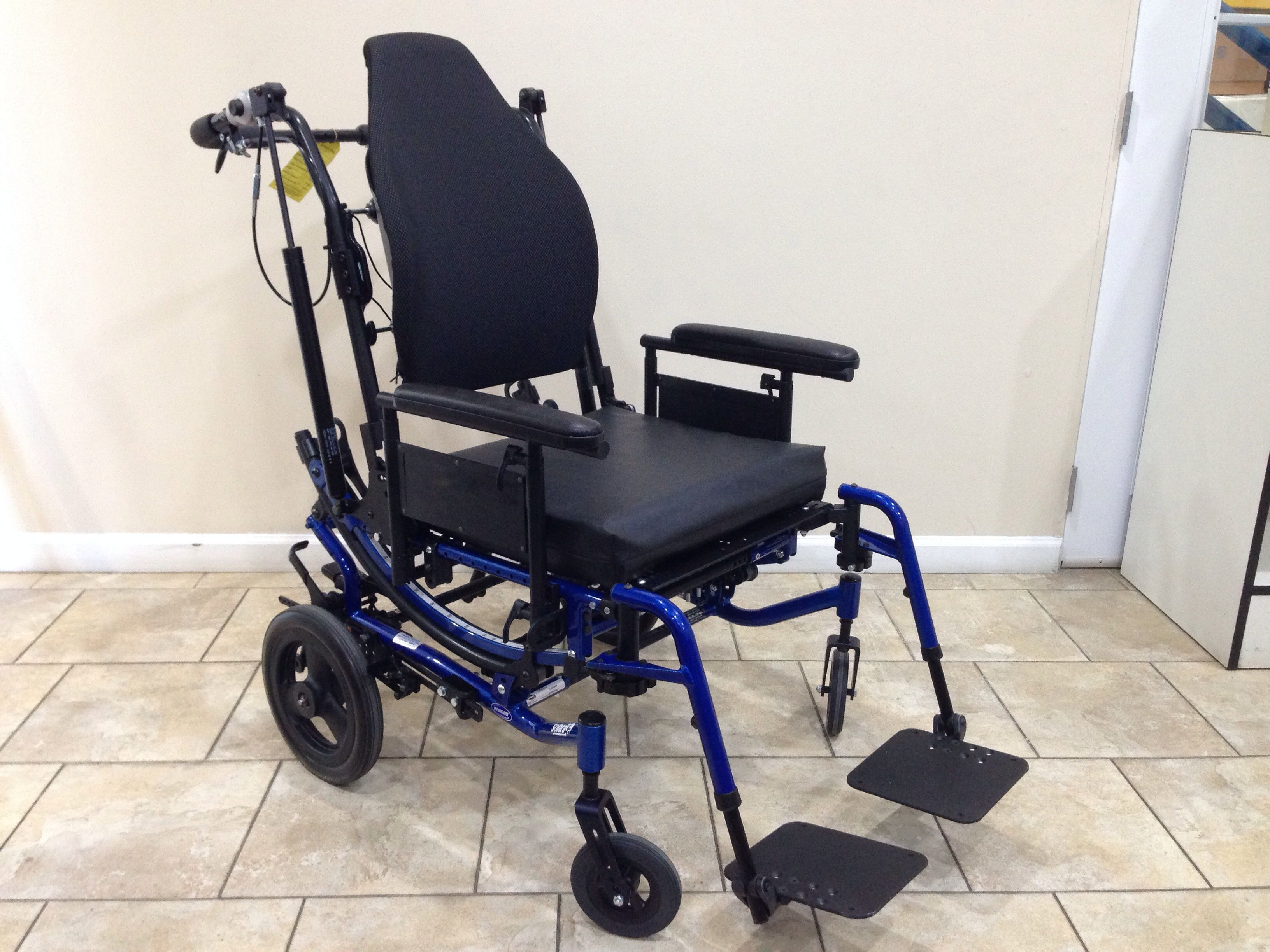 invacare clinical recliner geri chair wedding folding covers for sale solara3g solara 3g tilt in space and reclining