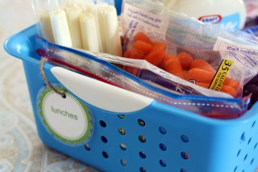 Great ideas for school lunches—organizing ahead of time, easy-to-use containers, useful links, etc. From @Jen Jones.