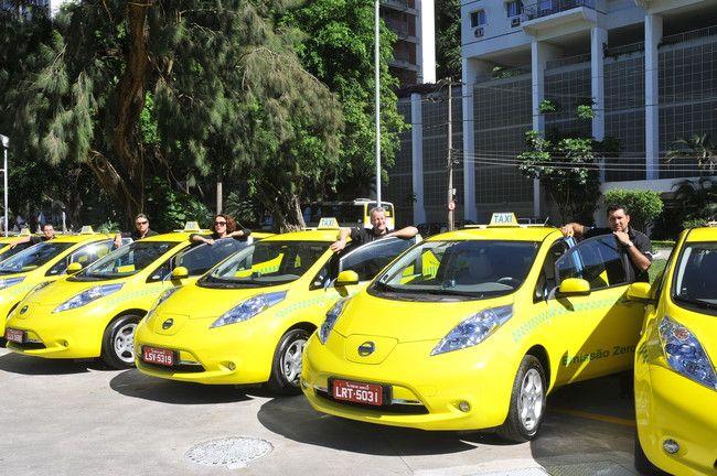 Programa de Táxis Elétricos da Nissan no Rio completa dois anos evitando emissões de CO2 na atmosfera +http://brml.co/1GJPFQ4