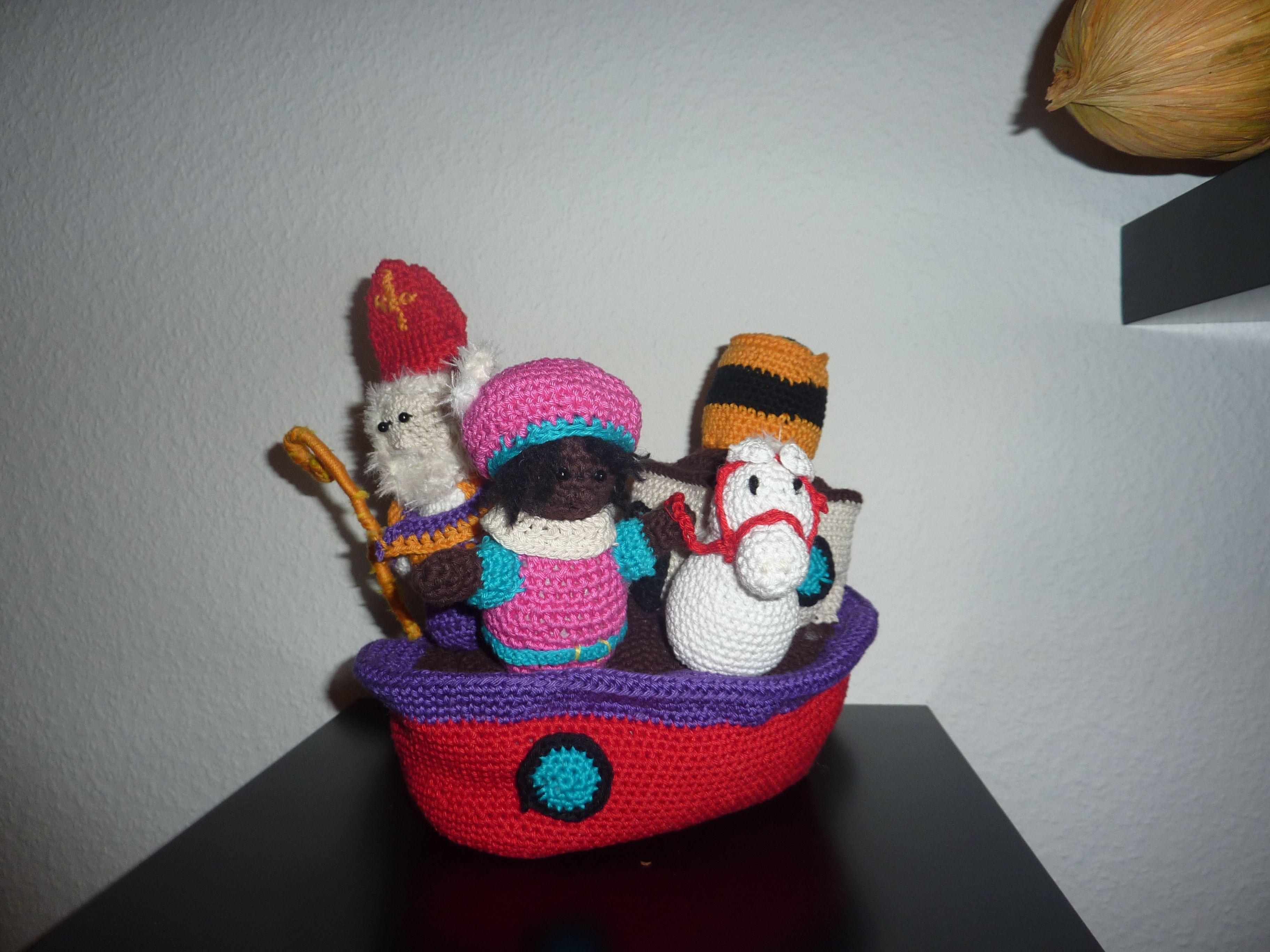 Sinterklaas Stoomboot Haken Patroon Sint En Piet Van Woolytoons