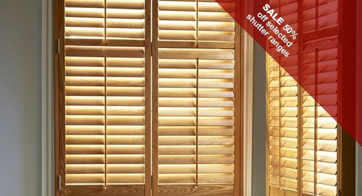 Blinds act as a privacy protecting layer by blocking out the view from the window. This is very useful if you have large windows which exposes a great part of your house or office to outsiders.