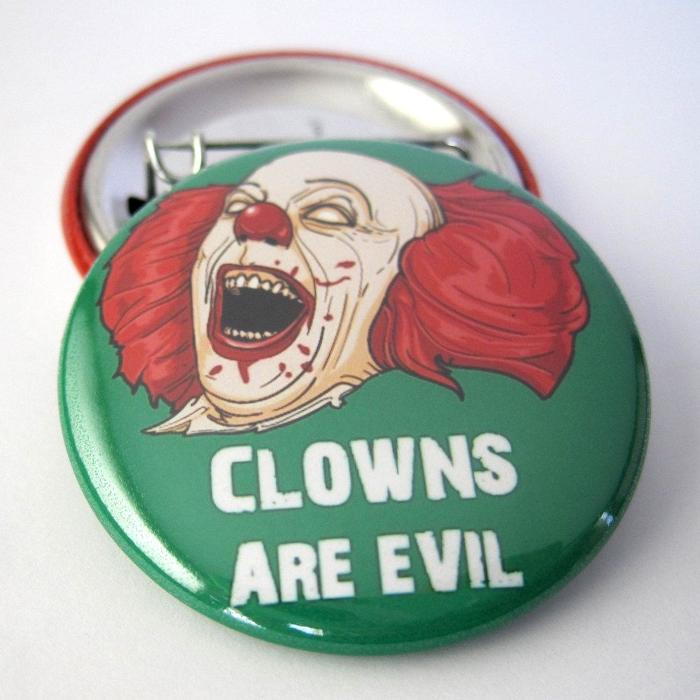 "IT Pennywise 2.25/"" Pinback Button or Magnet"