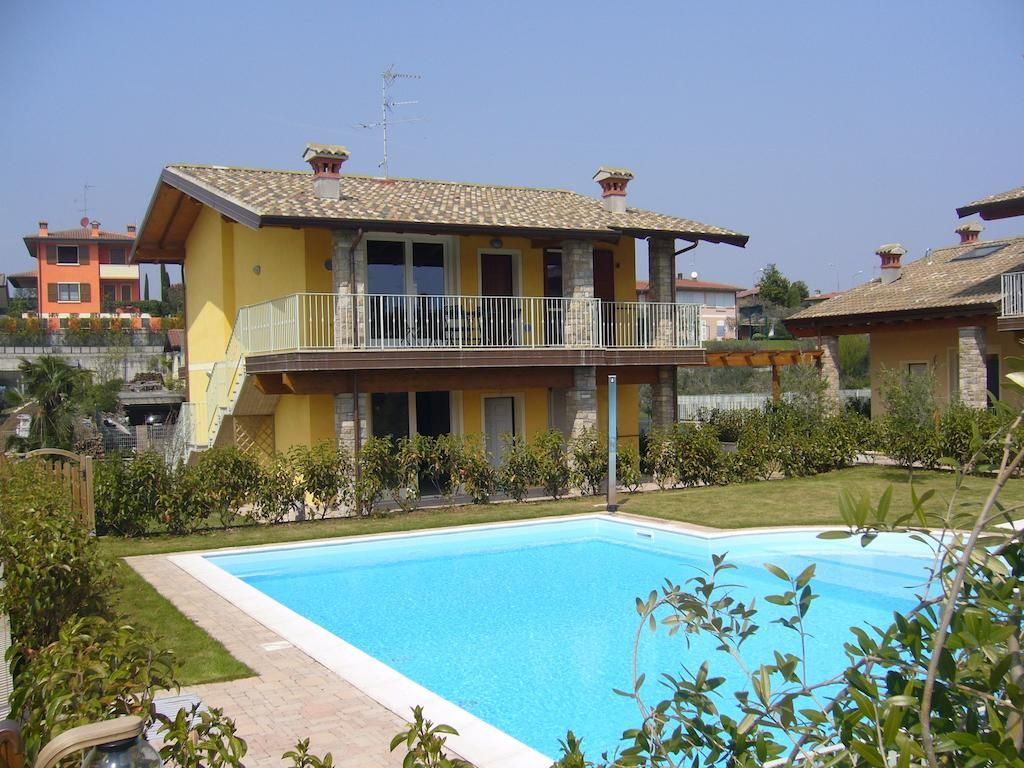 Villa Moniga Moniga del Garda Holiday home, Italy