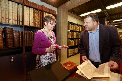 De 18de-eeuwse bibliotheek van de Mechelse kardinaal d'Alsace wordt integraal erkend als Vlaams Topstuk. Ze is te raadplegen in de Maurits Sabbebibliotheek...