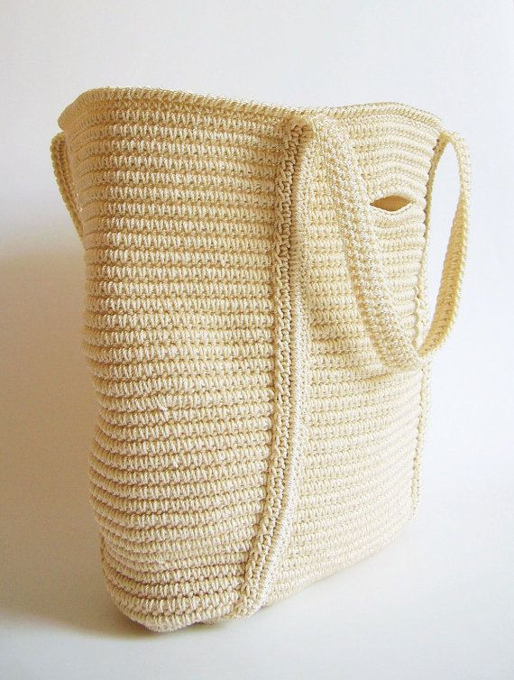 Crochet pattern for basic tote tapestry crochet. Row by by ChabeGS ...