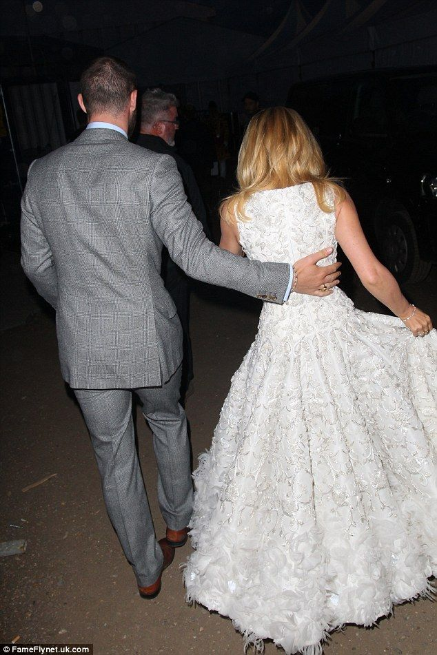Kylie Minogue dazzles in bridal-inspired white gown | Huge diamond ...