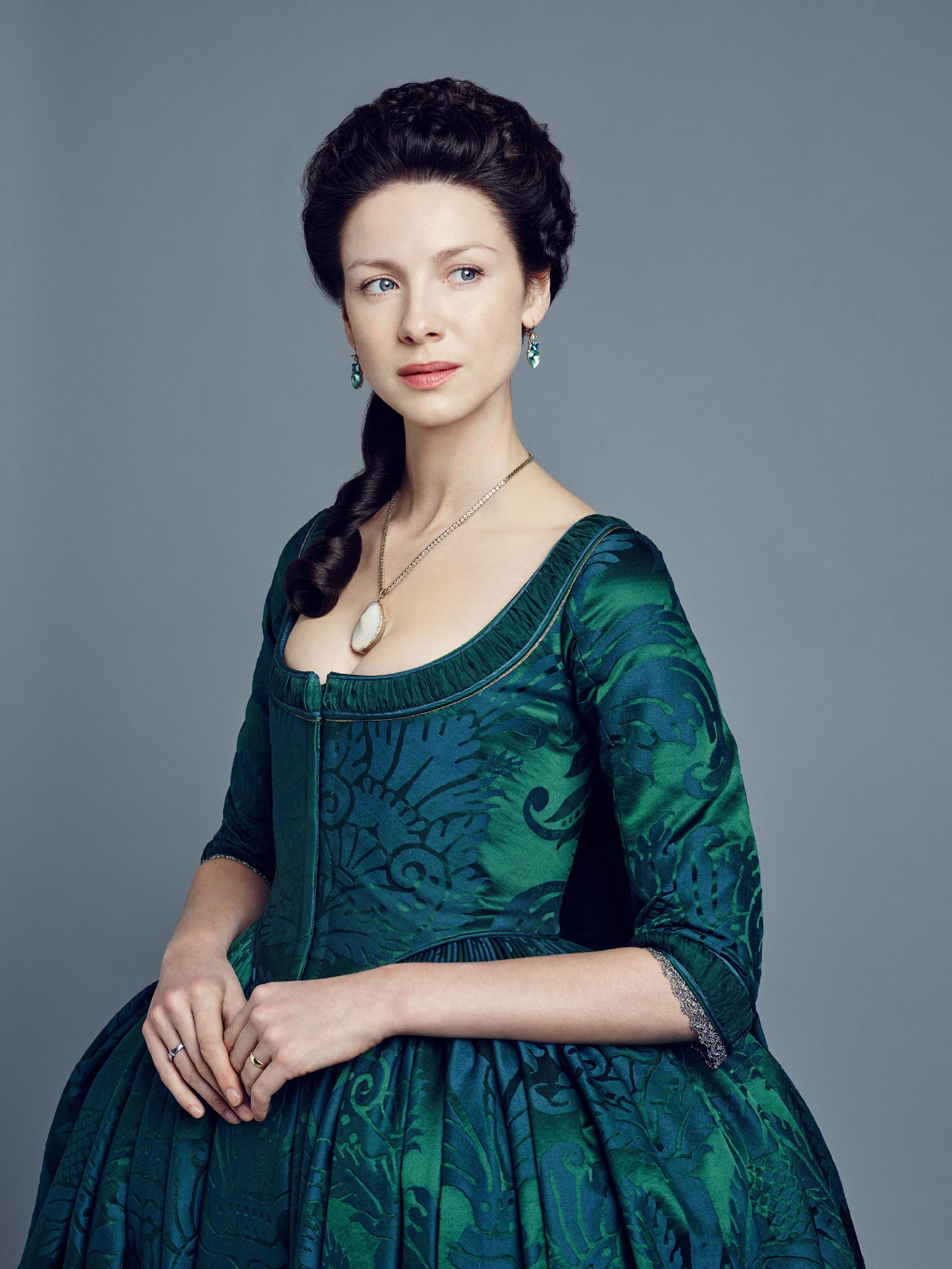 Outlander S2 Caitriona Balfe as \