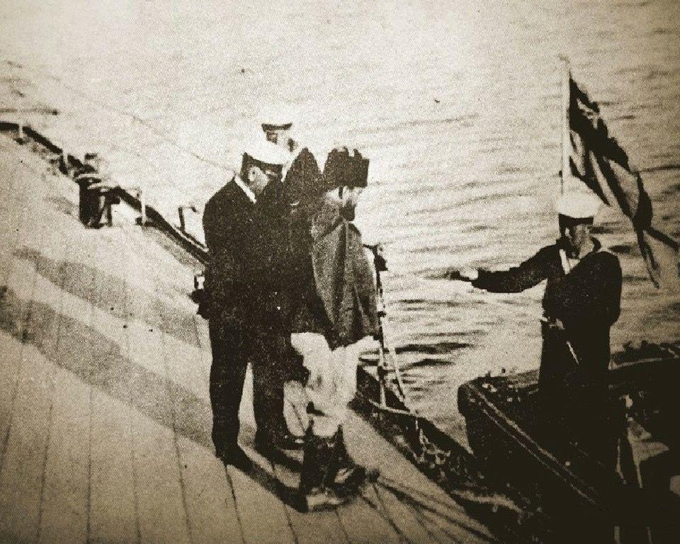 جعفر باشا العسكري أثناء أسره من القوات البريطانية عام 1916 حيث أسره الإنكليز في واقعة العقاقير في ليبيا بعد جرحه عند مشاركته Iraq War Political History Iraq